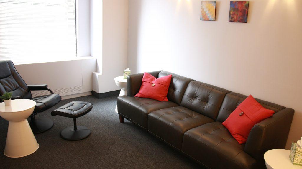Suite 1009-Office 2
